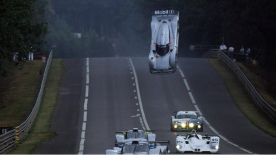Mark Webber loses control and goes airborne, Le Mans 1999